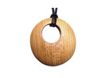 _0027_Dřevěný přívěšek-kruh-třešeň