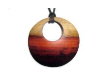 _0029_Dřevěný přívěšek-kruh-padouk napůl