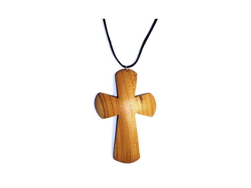 _0046_Dřevěný přívěšek - kříž - třešeň