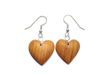 _0056_Dřevěné náušnice-srdce-třešeň