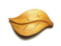 _0151_Dřevěná spona - list - třešeň