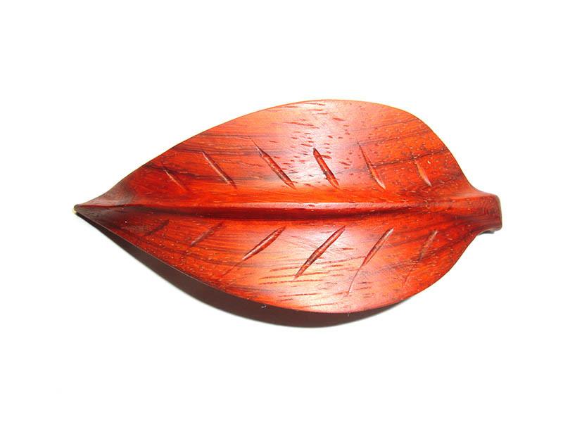 _0164_Dřevěná spona - bukový list - padouk