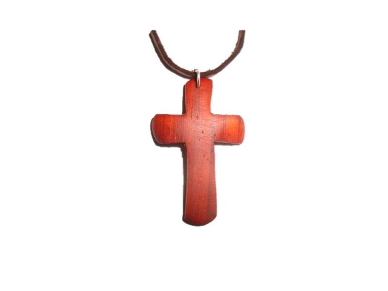 křížek malý padouk