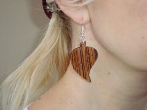Dřevěné náušnice-lipový list-ukázka